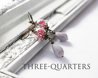 Earrings with small glass globe and flowers in pink fuchsia and drop in light gray taupe, bride wedding