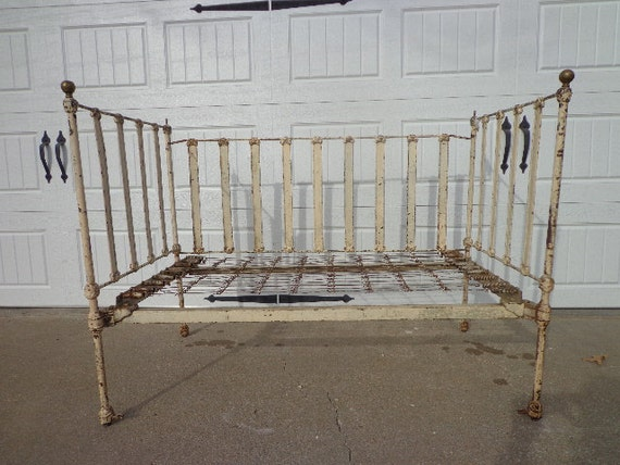 antique baby crib shabby chic daybed day bed settee loveseat