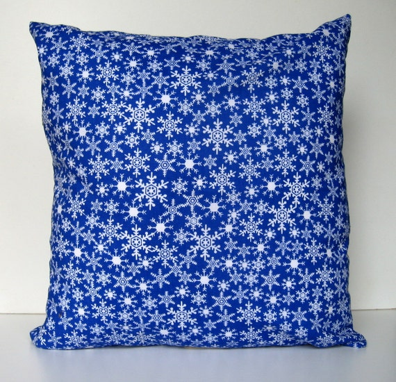 Items similar to Evening Snow, Winter Pillow Cover, Throw Pillow,Snowflakes, Snow, Envelope ...