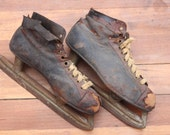 Vintage Spalding Blue Streak Ice Skates / Winter Decor / Vintage Sports
