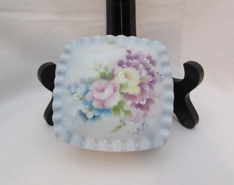 Vintage Un-marked What Not Dish, Unmarked Trinket Covered Dish, Dresser Top Trinket Covered Dish, Hand Painted Covered Dish, Trinkets