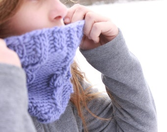 Periwinkle cabled cowl