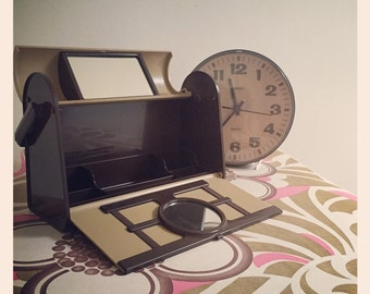 Sale* Retro 1970's Make up box