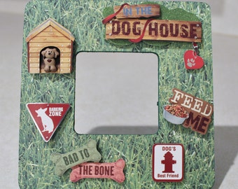 Dog/Pet/In the dog house/Canine/Picture frame
