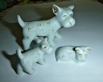 Vintage Scottie, Scotty Dog Family Figurines, 50s Japan Porcelain Dogs, White Scottish Terrier, Ceramic Dogs Statues Collectible Home Decor