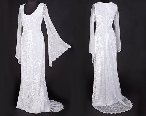 Items similar to velvet lace elven style wedding for Elven inspired wedding dresses