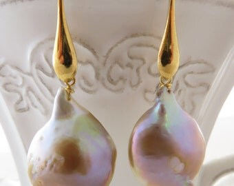 Baroque pearl earrings, mauve pearl earrings, dangle earrings, golden sterling silver 925 earrings, bridesmaid earrings, fine jewelry