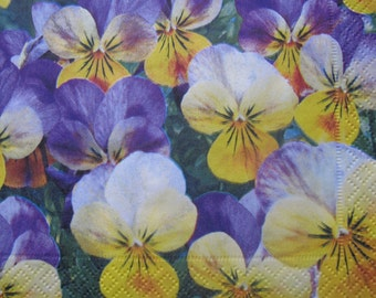 One paper napkin for decoupage, Floral napkin, Pansies, Plaid