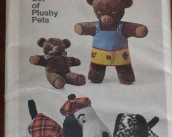 Simplicity Pattern 9647 Stuffed Animals Plushy Pets Dogs Bears Uncut