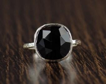 Black Onyx Gemstone Ring - Black Ring - Black Onyx Gemstone - Silver Bezel Ring - Size 4 5 6 7 8 9 10