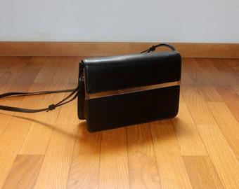 black mirror purse