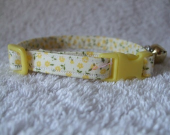 Yellow Floral Cat Collar with breakaway buckle and bell