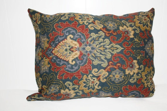Red And Tan Decorative Pillows : Decorative Pillow Cover Navy Brick Red and Tan in a Damask