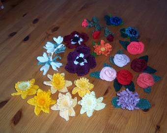 Knitted Flower Brooch / Hairclip