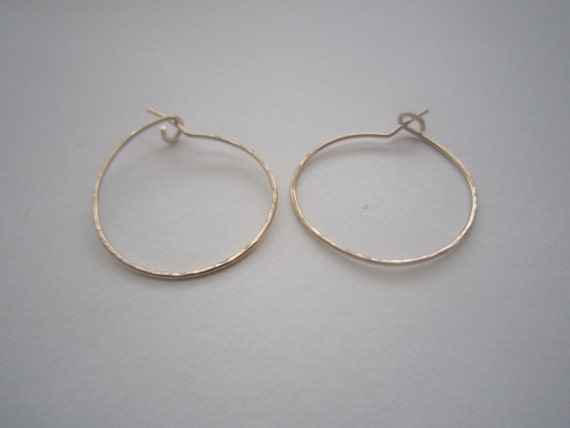 small thin gold hoop earrings small gold hoop earrings 1 thin small hoop earrings gold 7402