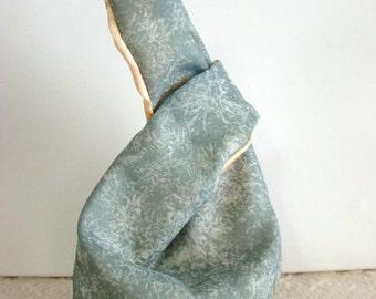 Japanese Knot Bag, Knitting Project Bag, Crochet Project Bag, Knotted Wristlet, Small Cloth Handbag, Self Closing Bag, Crochet Reticle Bag