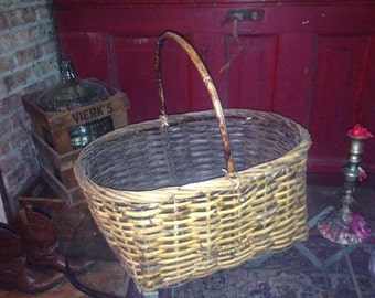 Large Picnic Basket With Handle
