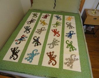 gecko appliqué quilt size 57x66 inches
