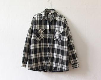 Vintage flannelshirt men quilted jacket black white checked dark blue Wooden Hut XL