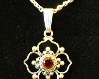Vintage Sterling Silver Garnet Necklace