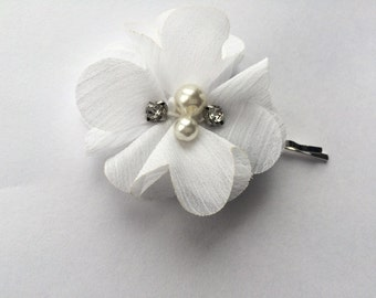 White Flower Bobby Pin for Women - Bridal Bobby Pin - White Chiffon Flower Hair Pin - White Flower Bobby Pin - White Hair Pin for Women -