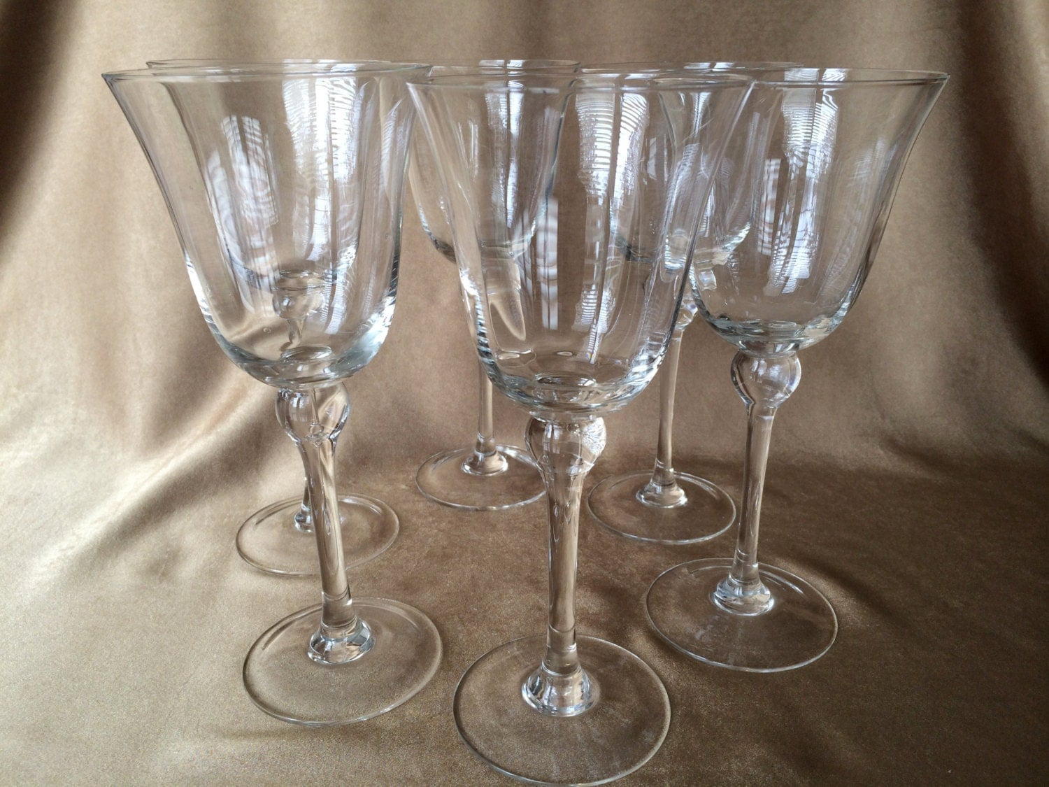Vintage wine glasses tall with ball stem large wine glasses for Thin stem wine glasses