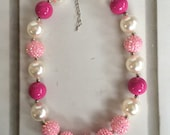 Pink and Pearl Chunky Necklace, Baby Necklace, Children Necklace, Chunky Necklace, Girl Chunky Bead Necklace, Photo Prop,