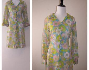 Vintage 1970s Floral Shirt Dress