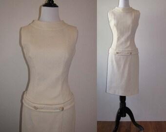 Vintage 1960s Cream Shift Dress