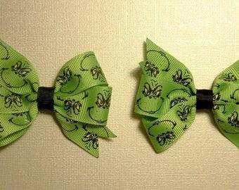 Dr Seuss Grinch Bow Set