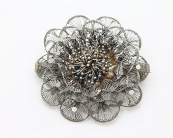 Vintage Large Sterling Silver 3D Layered Filigree Flower Brooch. [3699]