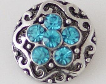 Clearance ~ KB7908  Beautiful Six Aqua Crystal Charms Set on Antiqued Silver