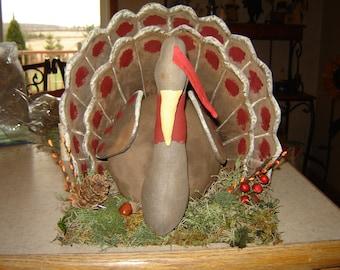 Primitive Turkey Centerpiece