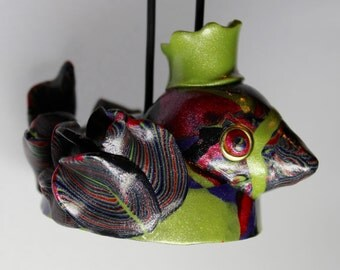 Green Crowned Bird Ornament