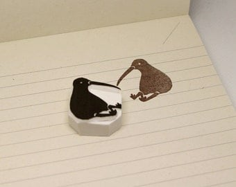 Kiwi bird rubber stamp. Hand carved stamp. Handmade stamp. Unmounted stamp. Cute stamp for gift wrap, scrap booking.