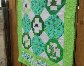 Little froggy  Baby Quilt