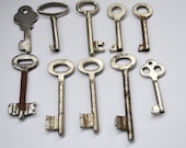 Ten Old Keys, Vintage Keys, Home Decor Keys, Jewelry & Craft Supplies, Soviet Keys, Retro Keys, Antique Keys, genuine vintage keys