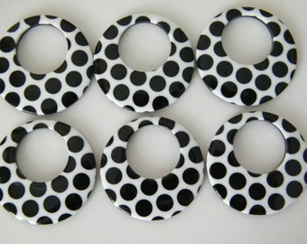 Acrylic, white and black, 38mm flat round go-go.