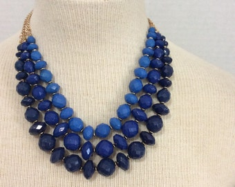 Oceania blue colors statement necklace new