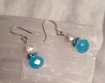Blue Crystal Earrings, Blue Swarovski Crystal Earrings, Freshwater pearl earrings, Light blue earrings, Swarovski Crystal, Pearl Earrings