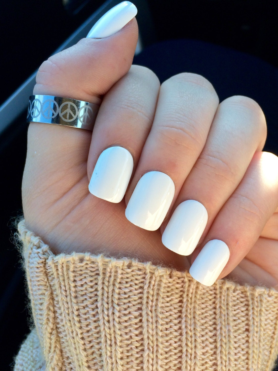 List of Synonyms and Antonyms of the Word: matte white acrylic nails