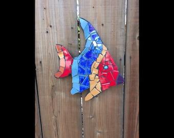 outdoor sculptures, fish sculptures, pool mosaic, fence ornaments, tile mosaic sculptures, tropical