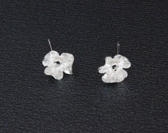 "Silver Copper Earrings Post Flower Silver Plated 1 Pair- 17mm x12mm (5/8""x 4/8""), Jewelry Findings Earring Hooks Jewelry Making"