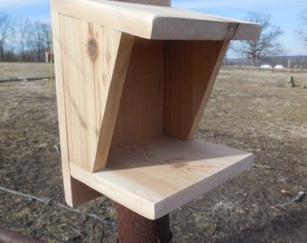 Red Cedar Robin Nesting Box