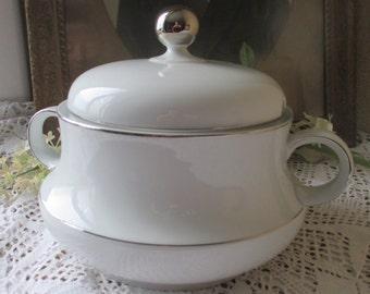 Tirschenreuth Bavaria Stylish Serving Soup Vegetable Dish Round Silver Rim