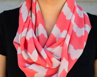 Pink and cream chevron pattern infinity scarf (cowl)