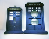Doctor Who Tardis Light Switch AND Outlet Plate Set - light switch Outlet Cover Set - Geekery - Whovian -Sci-Fi