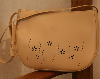 MAXX New York Beige Leather Purse
