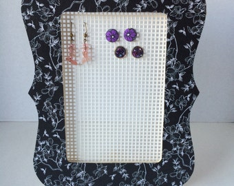 Black and White Floral Picture Frame Earring Holder. Earring Organizer.