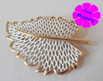Vintage White Leaf Brooch/Pin